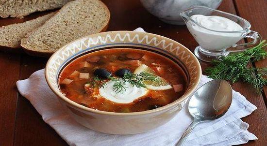 суп солянка мясная сборная рецепт