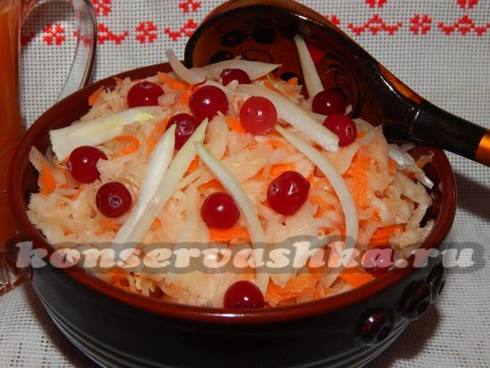 рецепт квашенной капусты с яблоками и клюквой
