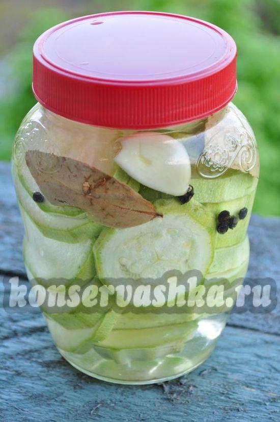 Рецепт консервированных маринованных кабачков