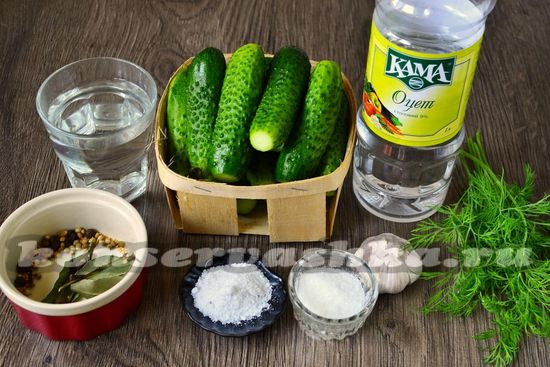 Ингредиенты для приготовления хрустящих маринованных огруцов