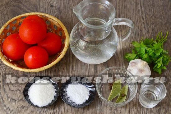 Ингредиенты для приготовления томатов половинками на зиму