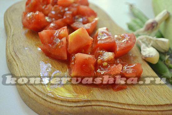 помидоры очистить и измельчить