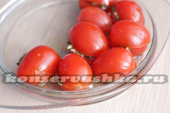 Накрыть помидоры