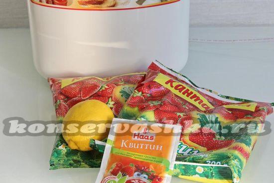 Ингредиенты для приготовления клубничного желе в хлебопечке