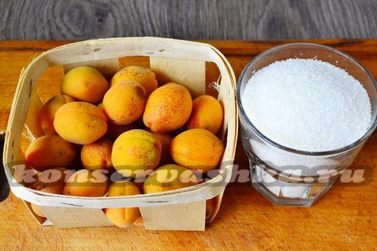 Ингредиенты для приготовления варенья из абрикос от бабушки