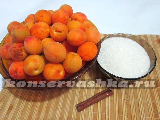 Ингредиенты для приготовления варенья из абрикос и корицы