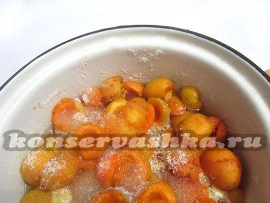 Дайте абрикосам пустить сок