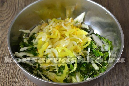 добавляем пожаренные овощи