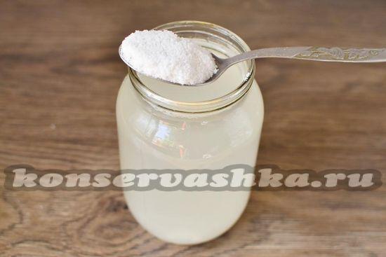 растворяем в литре воды соль
