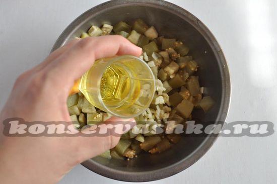 добавим растительное масло