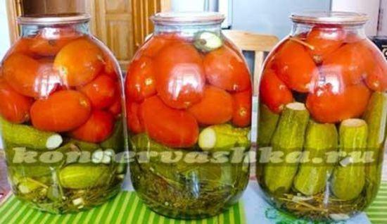 готовим ассорти с огурцами и помидорами