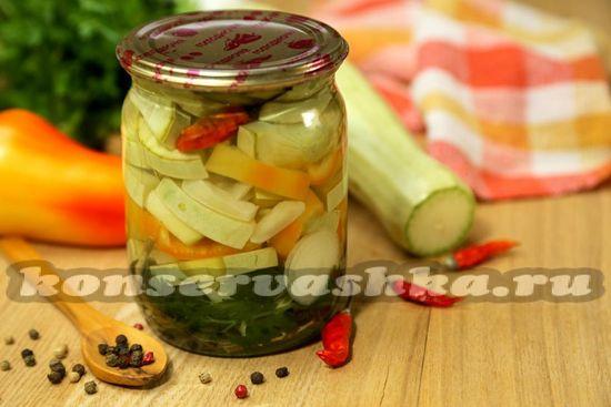 рецепт острых маринованных кабачков с овощами