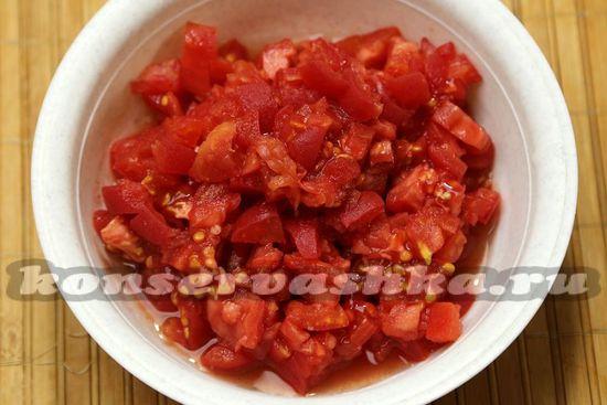 помидоры режем мелко