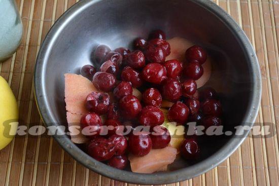 добавьте вишни
