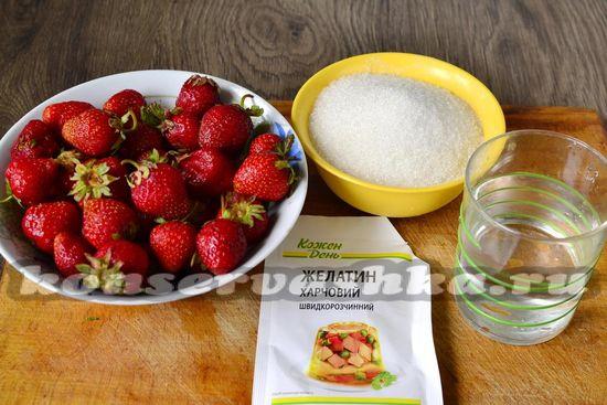 Ингредиенты для приготовления клубничного варенья без варки ягод