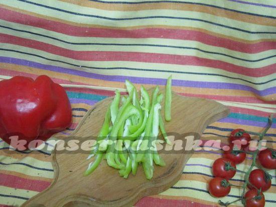 нарезать зеленый перец