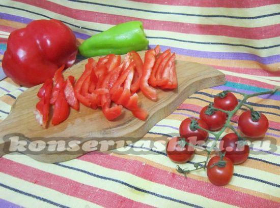 нарезать красный перец