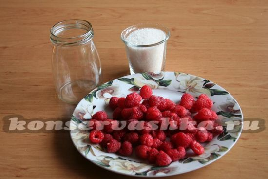 Ингредиенты для приготовления сиропа из малины на зиму