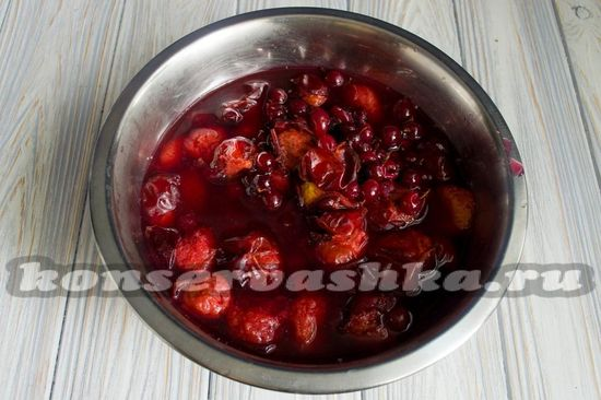 бланшируем фрукты