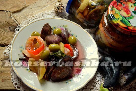 Овощи с оливками по-итальянски.
