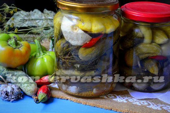 Маринованные огурцы с патиссонами, рецепт на зиму