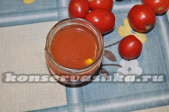 разлить томат