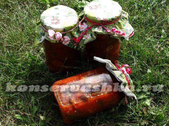 Острые баклажаны в томатном соке