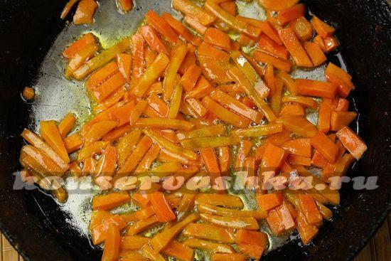 морковь обжарить