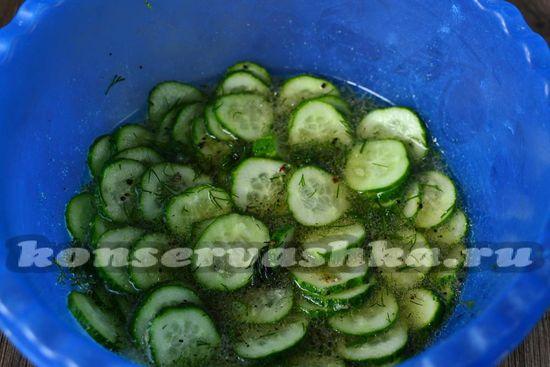 Овощи оставляем на 3-4 часа