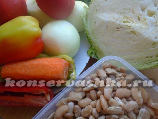 Ингредиенты для борщовой заправки с томатом