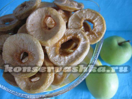 рецепт сухофруктов из яблок с корицей