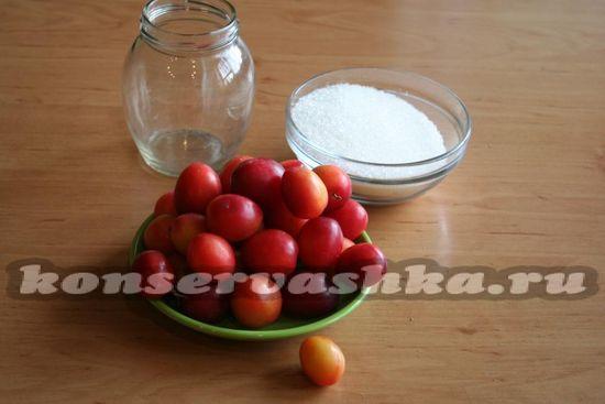 Ингредиенты для приготовления сока из алычи