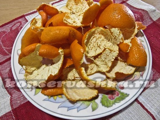подготовить корки мандарина