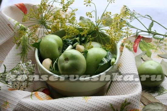 Горчичные зеленые помидоры