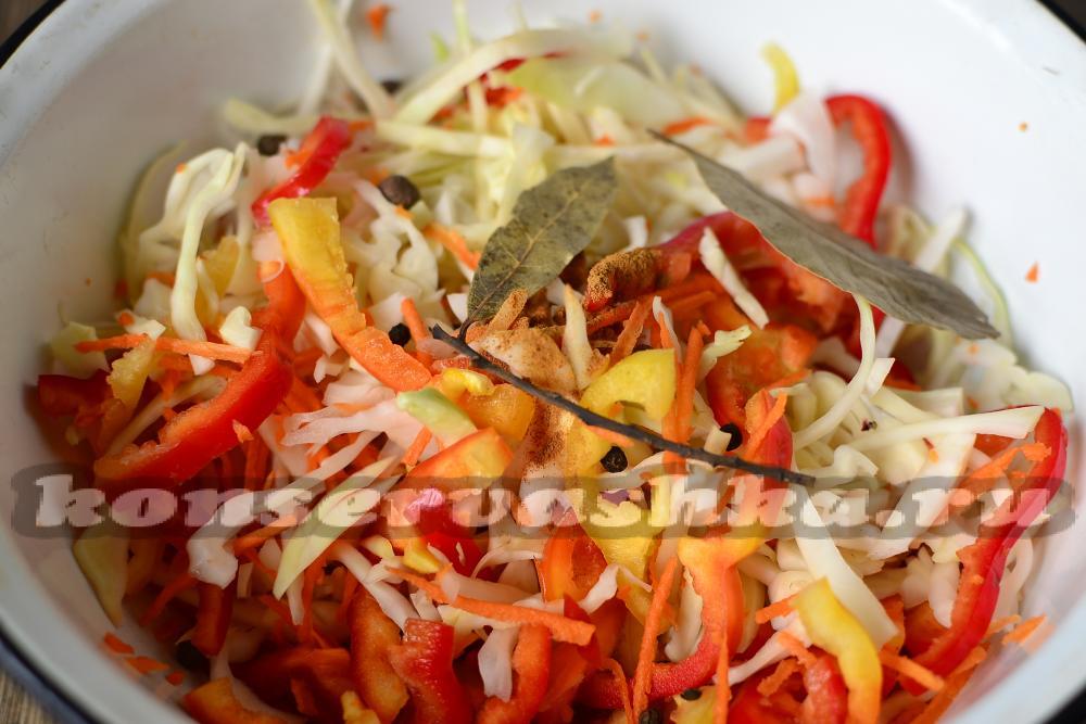 рецепт капусты маринованной с перцем болгарским