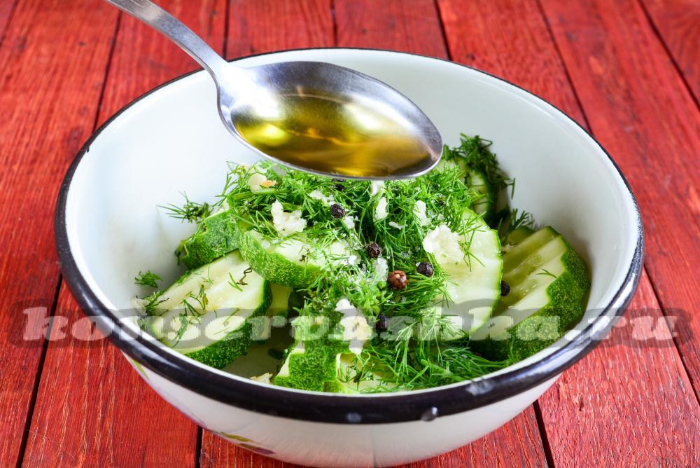 рецепты салатов из огурцов необычные